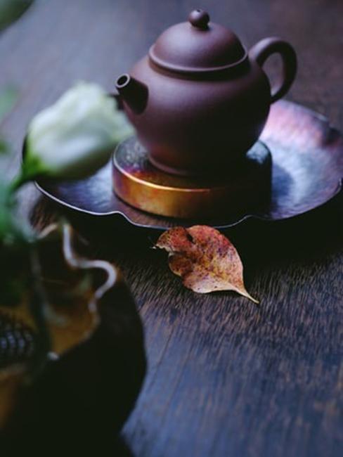 Czajniczek w stylu Zen idealny do ogrodu japońskiego