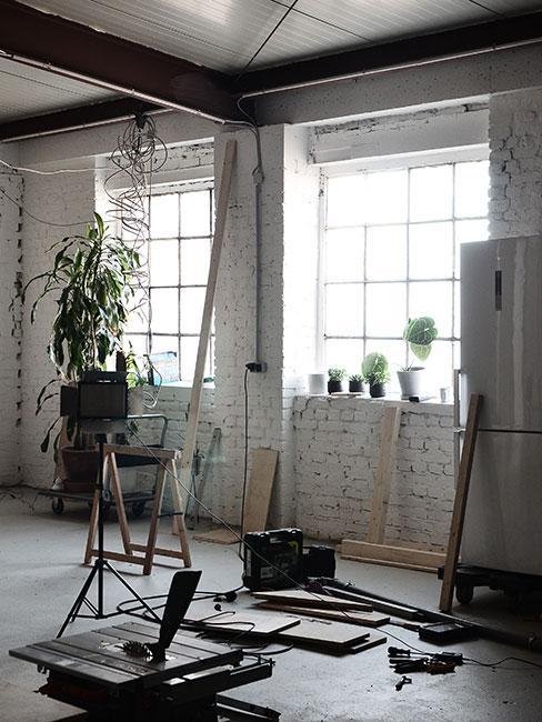 loft w stylu industrialnym podczas remontu