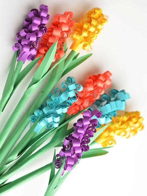 Kolorowe hiacynty z papieru
