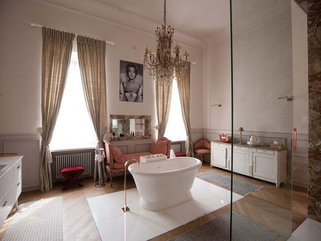 Łazienka w pokoju hotelowym Pałacu Mała Wieś