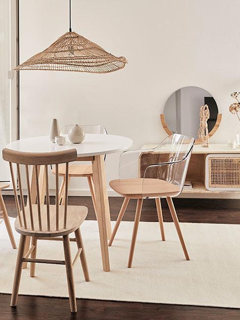 Drewniany zestaw jadalniany, jadalnia w stylu skandynawskim