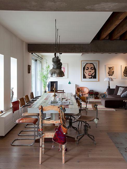 duża przestrzeń loftowa z jadalnią i salonem