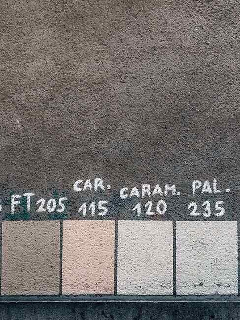 Próbka neutralnych kolorów ścian
