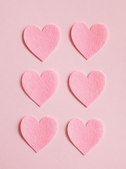 Wycinane papierowe serca