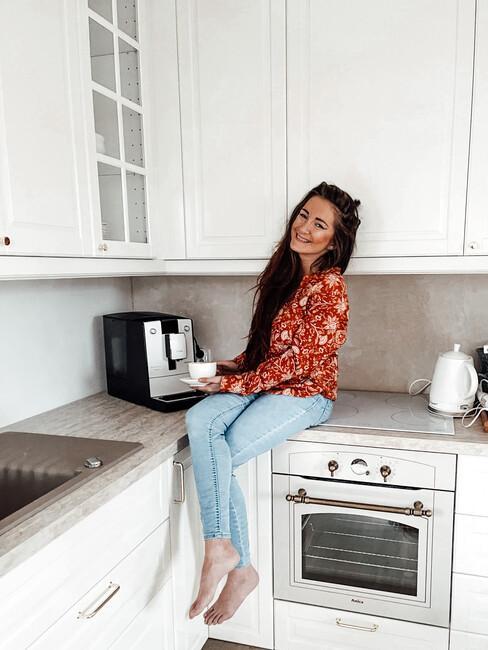 Autorka bloga Must Have Fashion w swojej kuchni