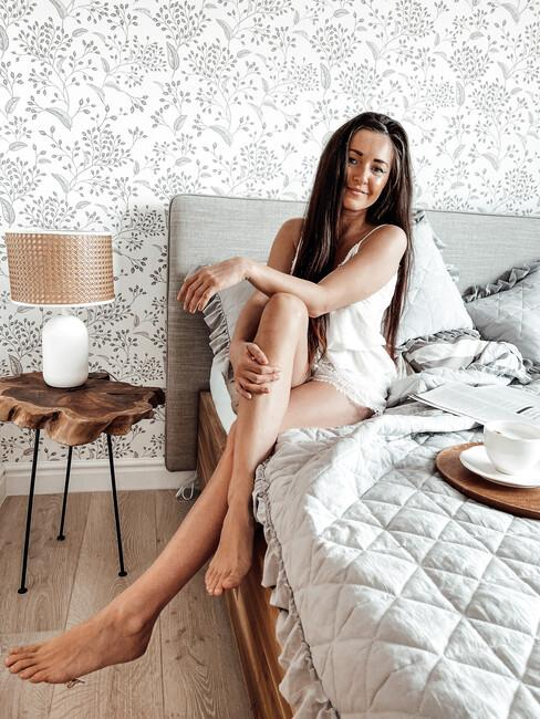 Autorka bloga Must Have Fashion w swojej sypialni