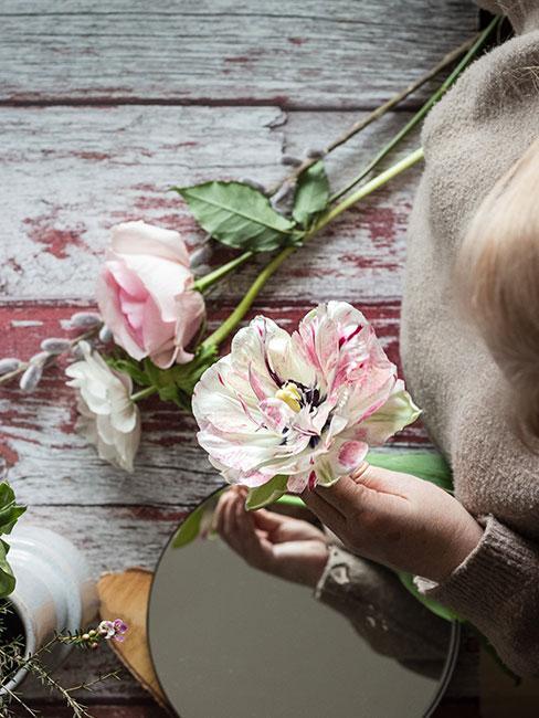 Kwiaty jako pomysł na dzień mamy