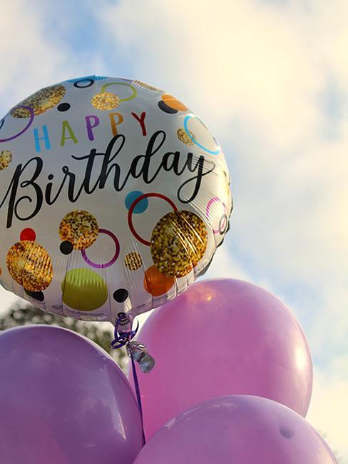 Balony jako prezent na 80 urodziny