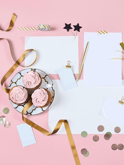 Różowa kartka urodzinowa jako prezent na 25 urodziny