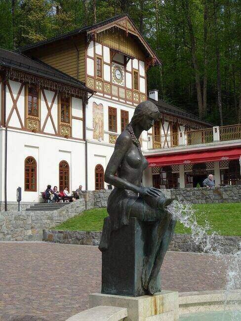Posąg w Szczawnicy