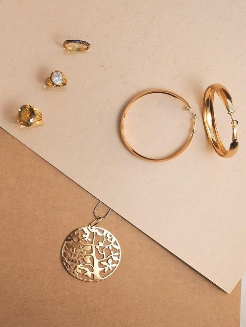 Biżuteria jako pomysł na prezent na 30 urodziny