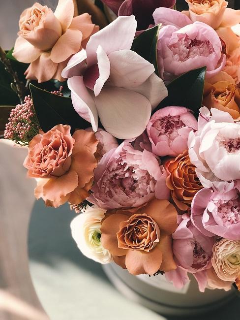 Bukiet kwiatów do życzeń na ślub
