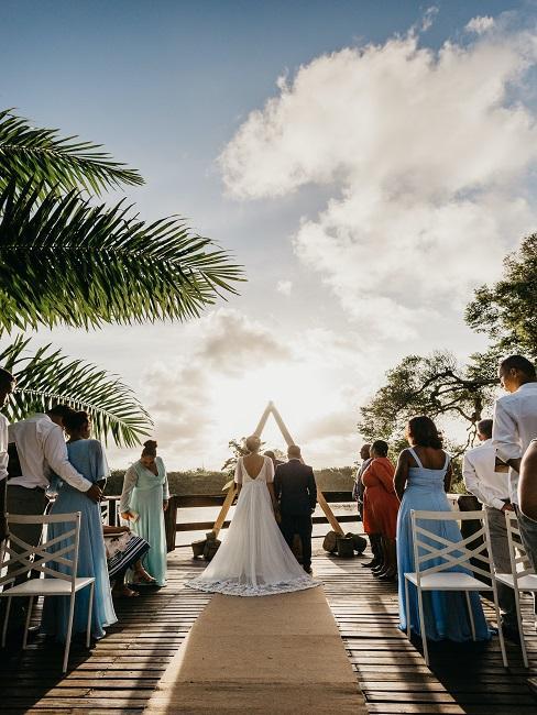 Ślub w plenerze na plaży
