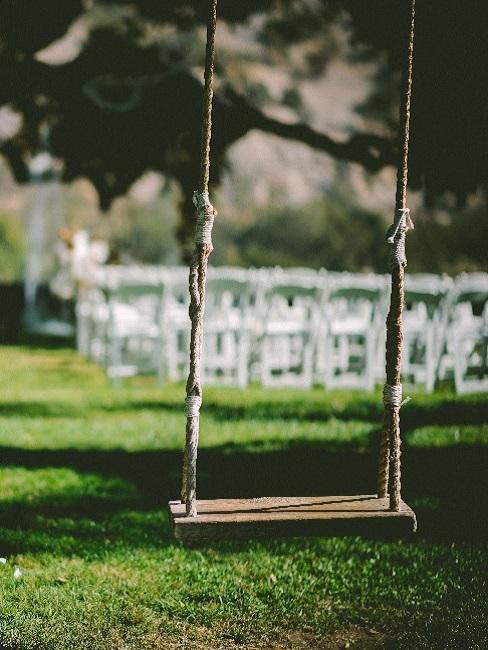 Ślub w plenerze i huśtawka na drzewie