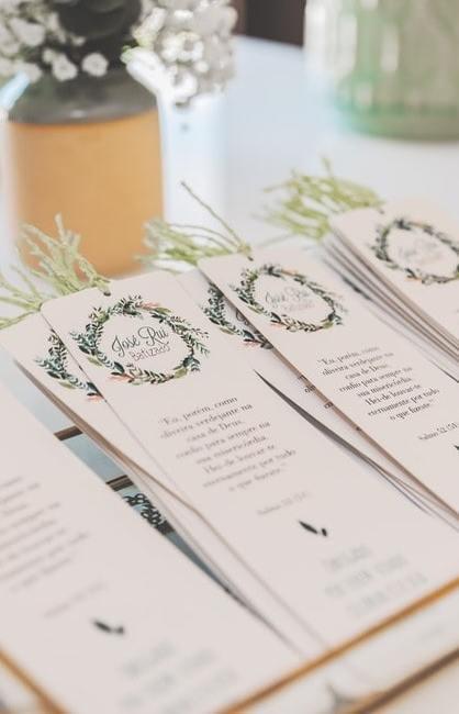 Zaproszenia na ślub z motywem roślinnym