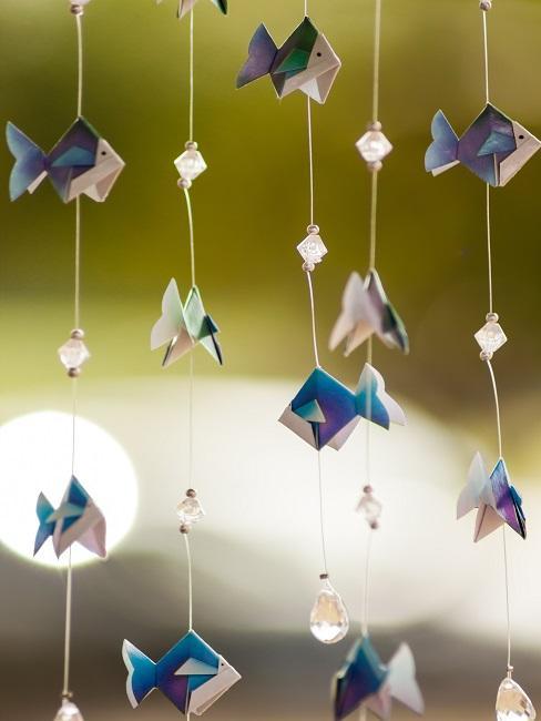 Dekoracja z papieru w kształcie ryb