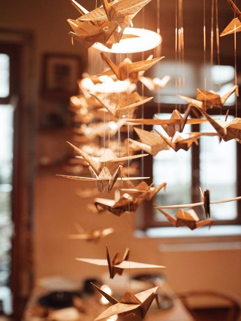 Ptaki z origami w formie dekoracji wiszącej