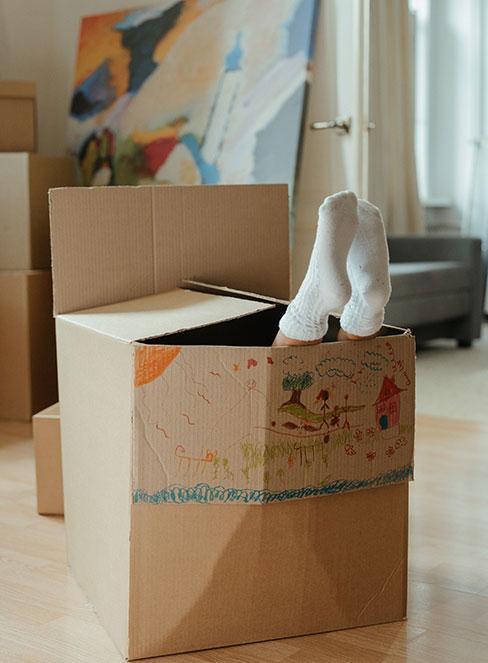 Prace plastyczne jako wykorzystywanie kartonów do prac plastycznych