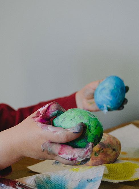 plastelina jako materiał do prac plastycznych dla dzieci