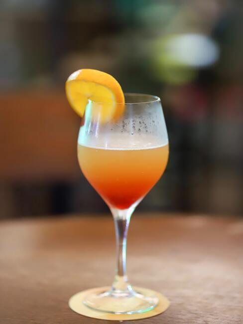 Drinki bezalkoholowe wielowarstwowe