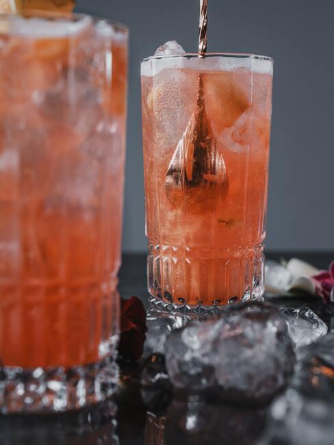 Drinki bezalkoholowe z lodem