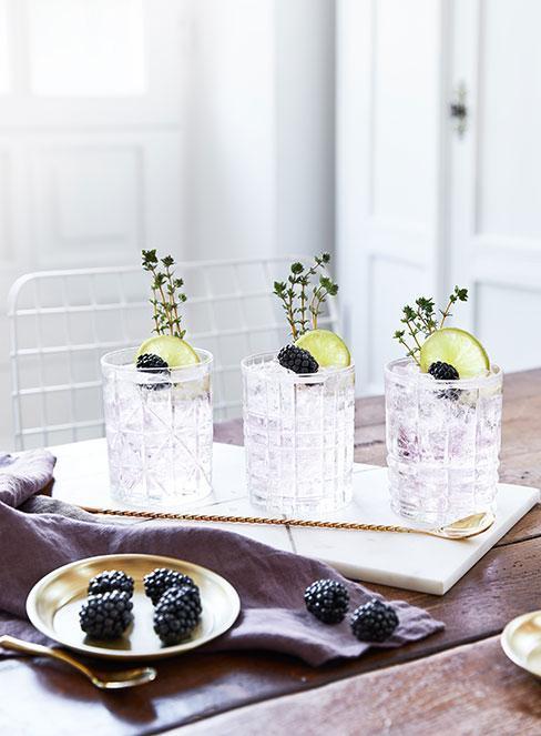 Trzy drinki z wódką