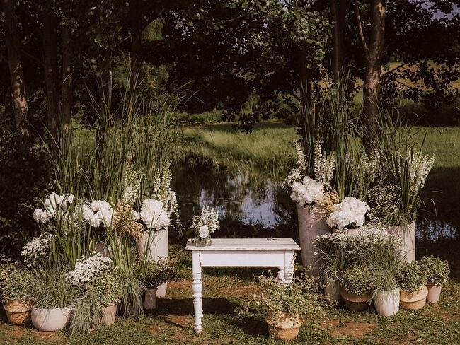 Dekoracje weselne w plenerze