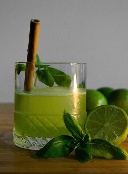 drink z wódką i bazylią Lime Basil Smash
