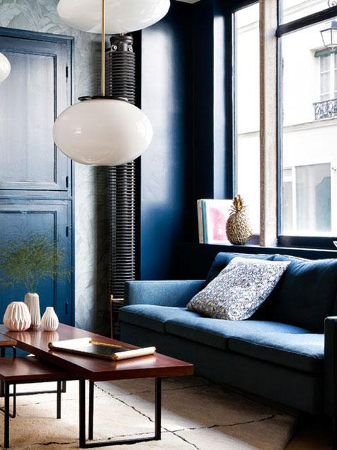Salon w kolorach niebieskiego w stylu art nouveau