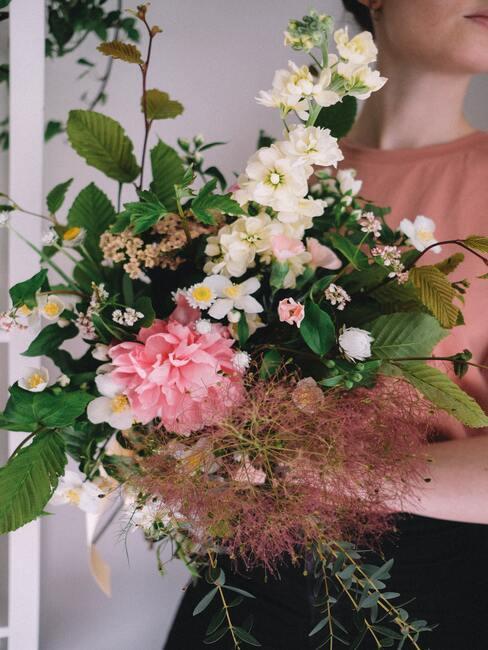 Kytica kvetov pre kamarátku