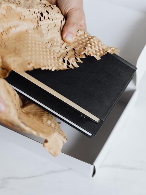 Zápisník pre muža ako darček