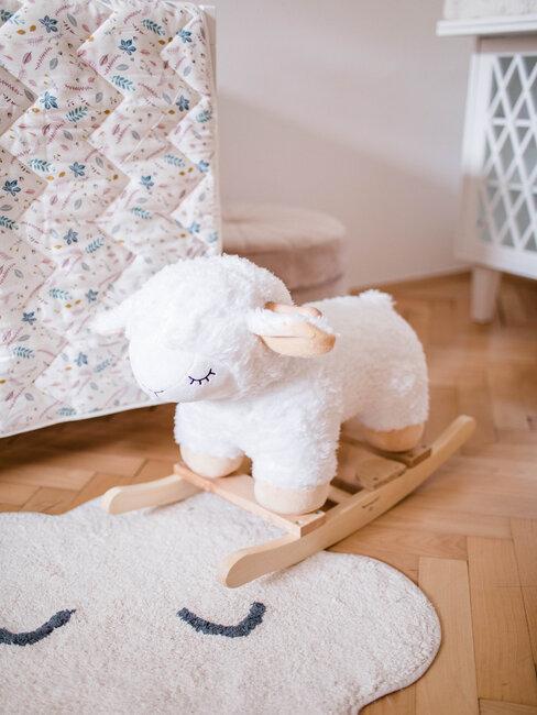 Ovečka v detskej izbe