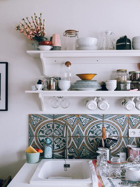 Inšpirácie do kuchyne: originálny obklad