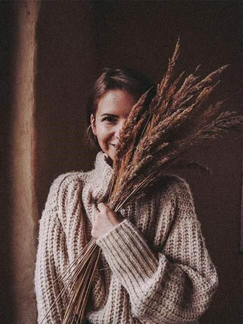 Autorka blogu Tvoriť a ľúbiť s kyticou suchých tráv