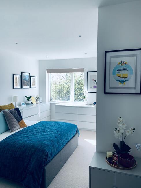 Ako ustlať posteľ: minimalistický štýl