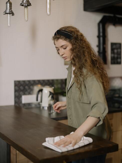 Čistenie kuchynskej dosky