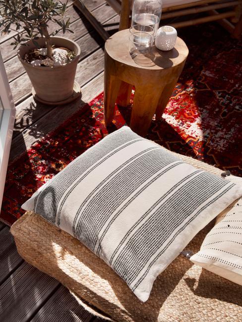 Textílie na terasu