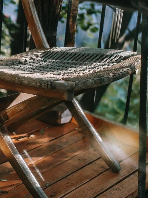 Drevená podlaha na balkóne