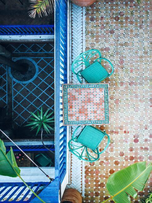 Farebná dlažba na balkón