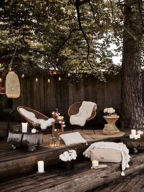 Príjemné posedenie na terase