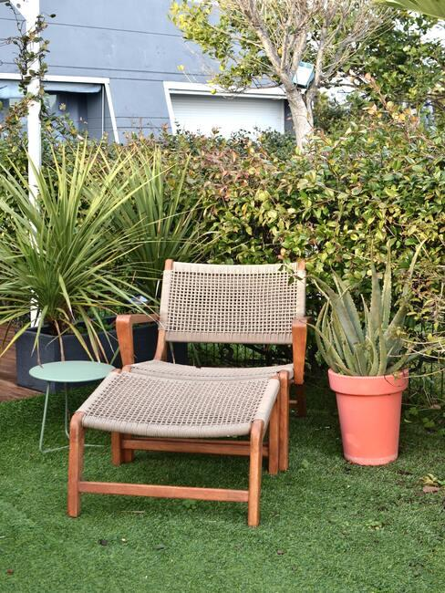 Moderné záhrady: záhradný nábytok