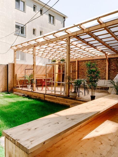 Veľká záhradná terasa