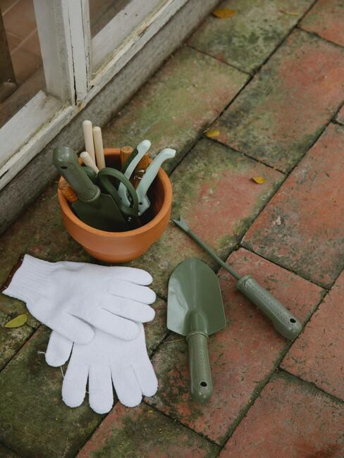 záhradnícke náčinie