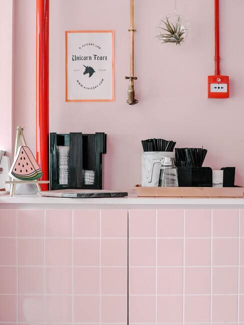 Ružová farba v kúpeľni
