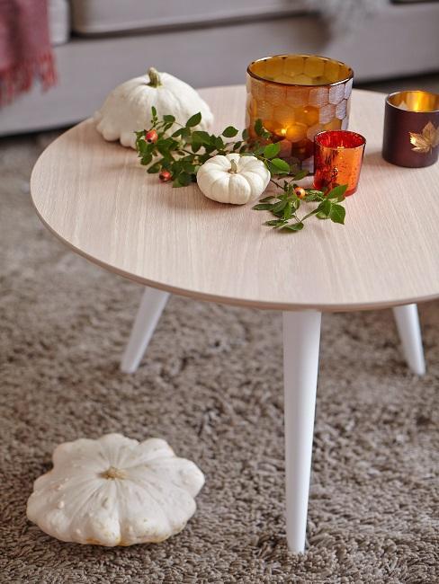 Farby jesene: dekorácie na stôl