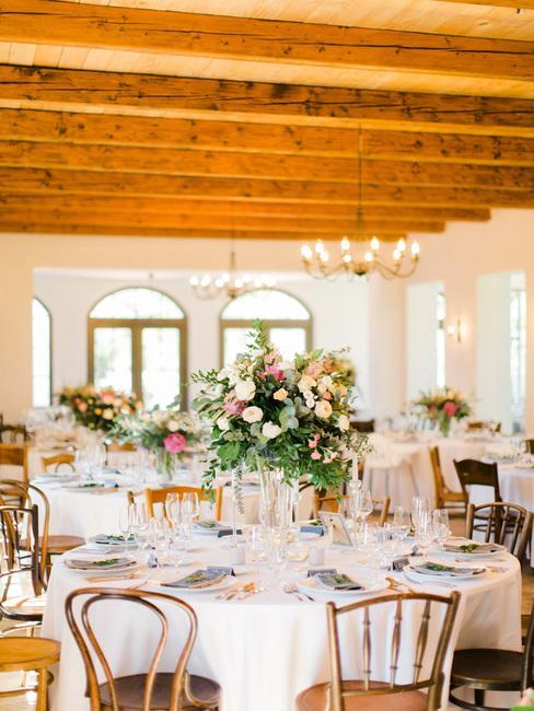 Wiegerova vila: svadobná hostina