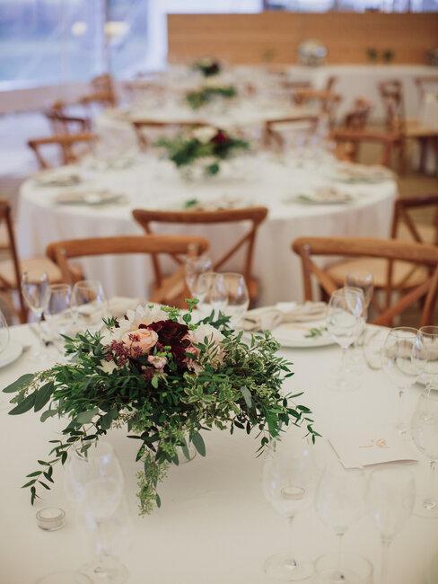 Château Rubáň: výzdoba svadobného stola