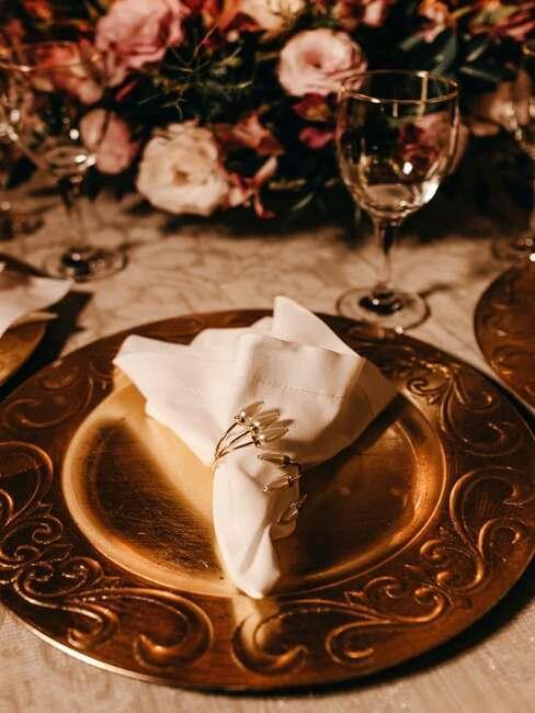 dekorovanie svadobného stola