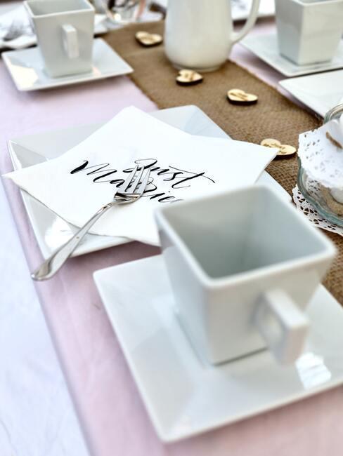Ozdoby na svadobný stôl