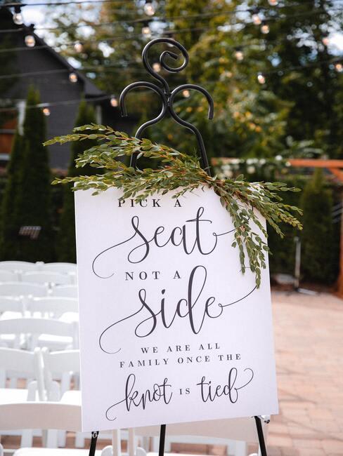Menovky na svadbu: zasadací poriadok